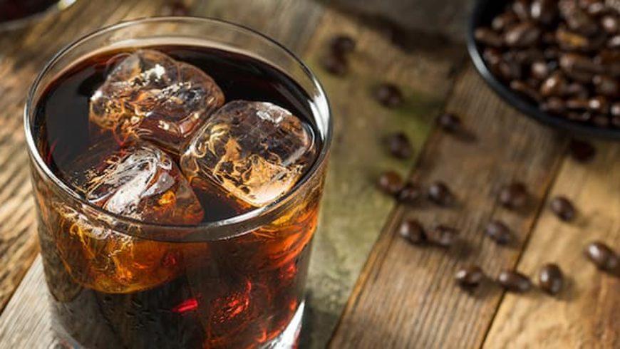 Black Russian: caffè ed Iceberg vodka