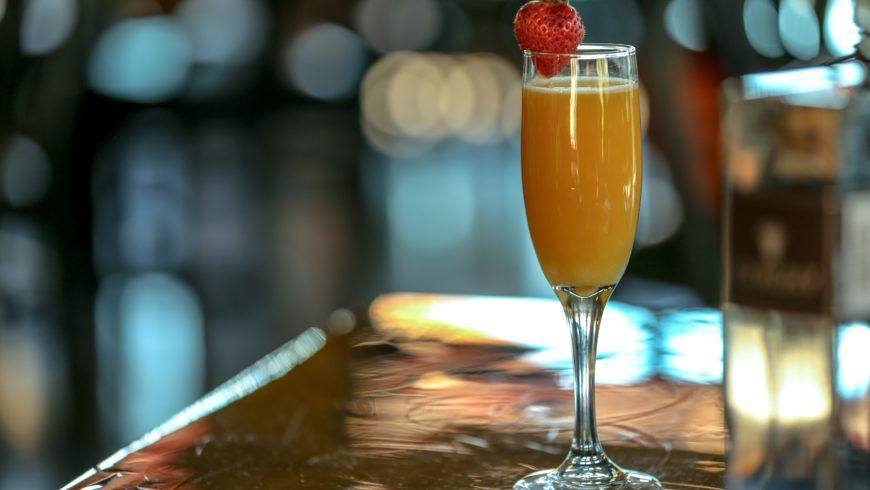 Vodka, amore e un cocktail Mimosa